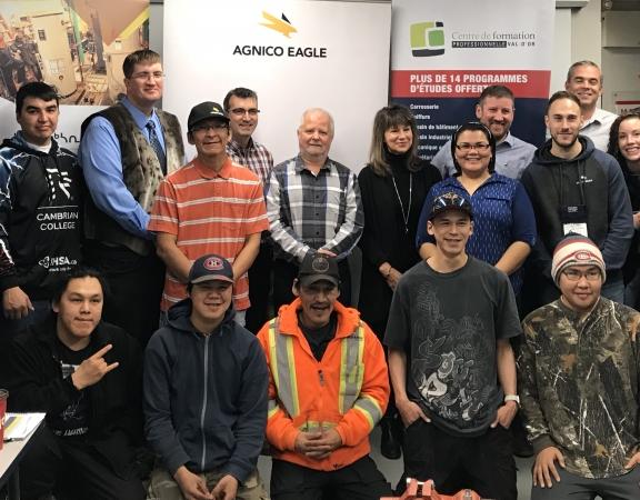 Nouveaux partenariats pour former des élèves au Nunavut